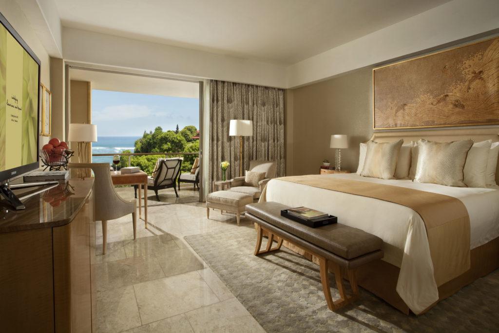 mulia resort bali signature master bedroom