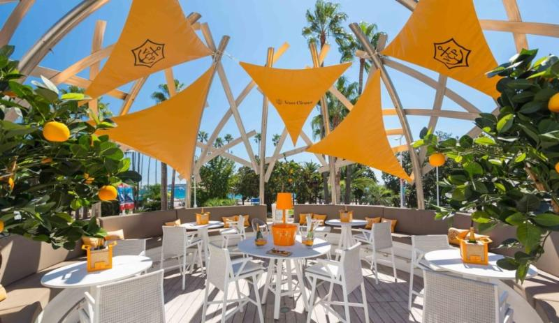Veuve Clicquot Bar